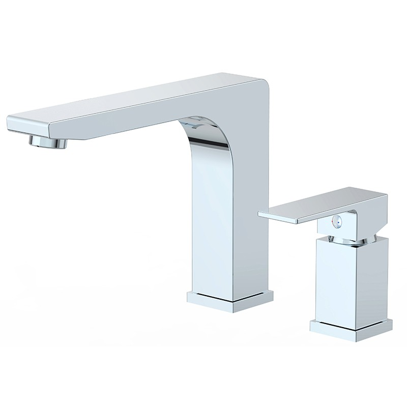 Deck-mount Roman Tub Faucet