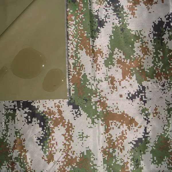 Tela de la capa del PVC del tafetán 210T para la tela de la ropa de la chaqueta del invierno