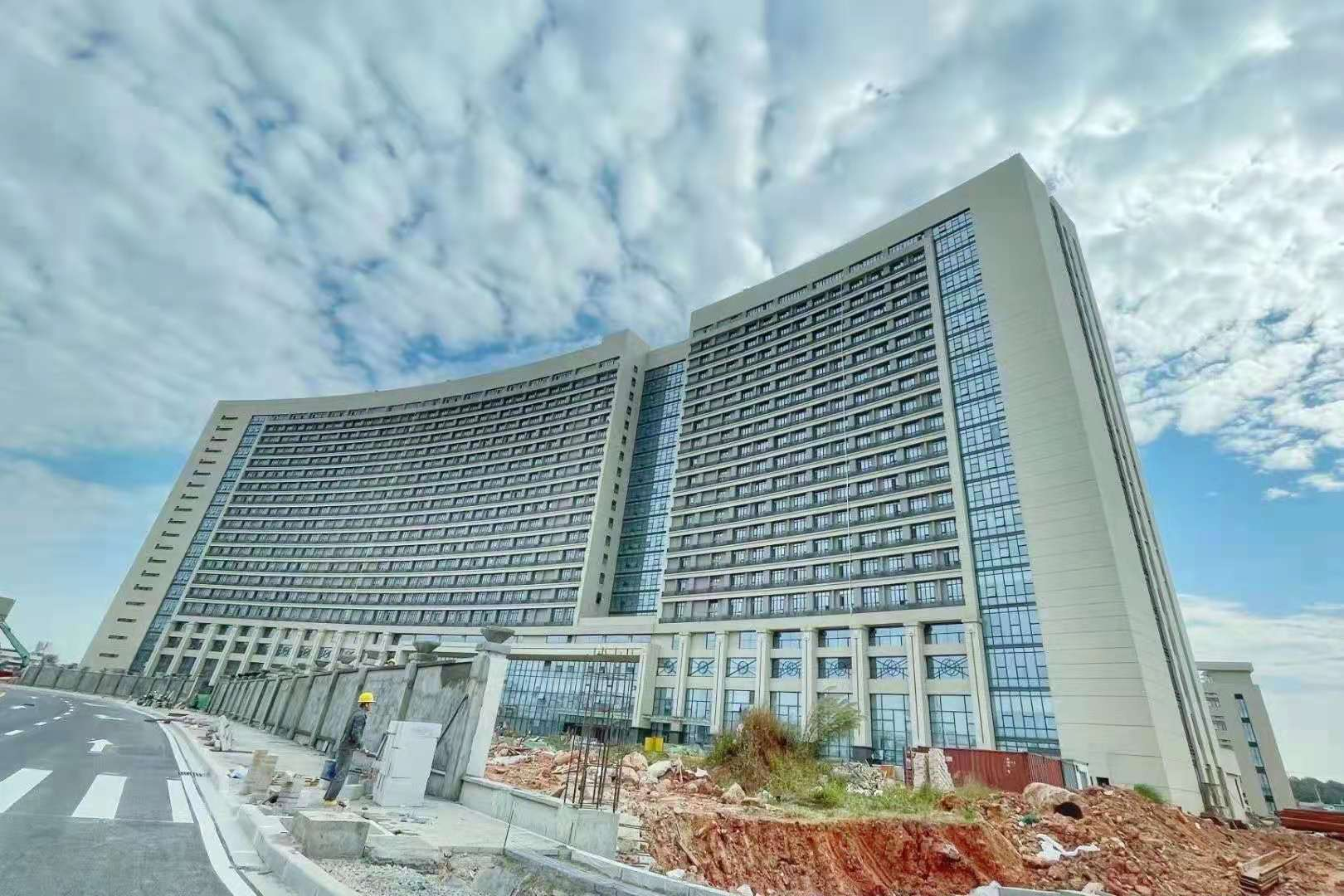 New facade project--Foshan Nanhai District People's hospital