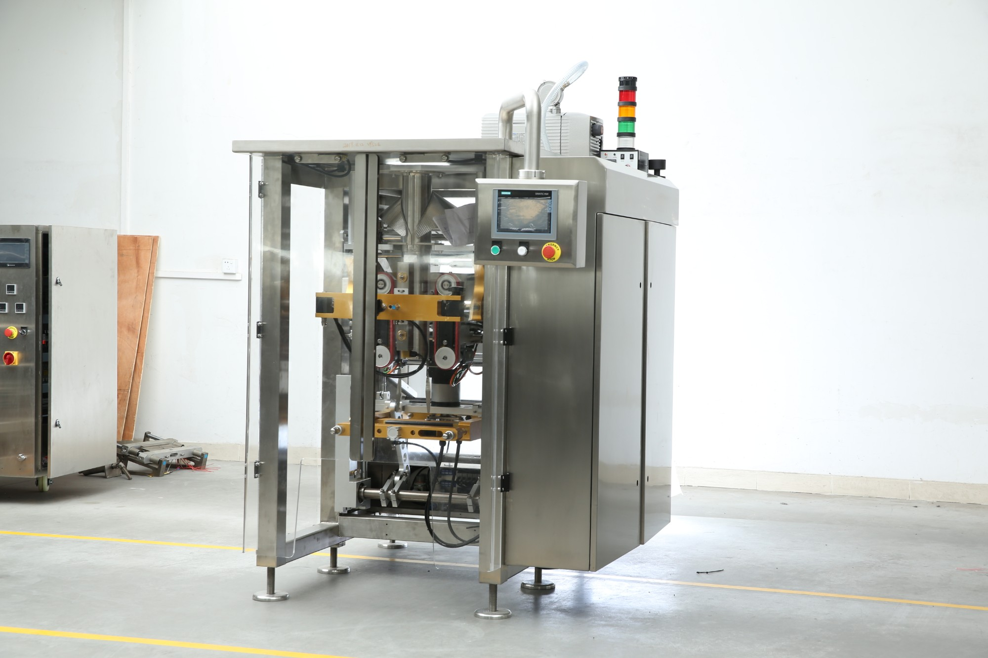 Mașină de ambalat de mare viteză dezvoltată recent pentru ambalarea salatei de la BAOPACK