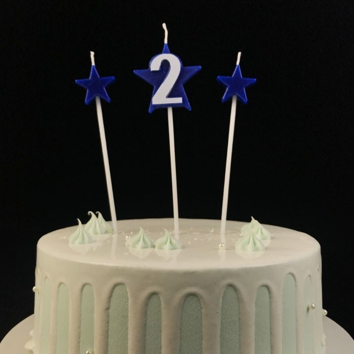 Novelty Blue Paraffin Wax Number 2 Birthday Cake Candle With Stars On Picks