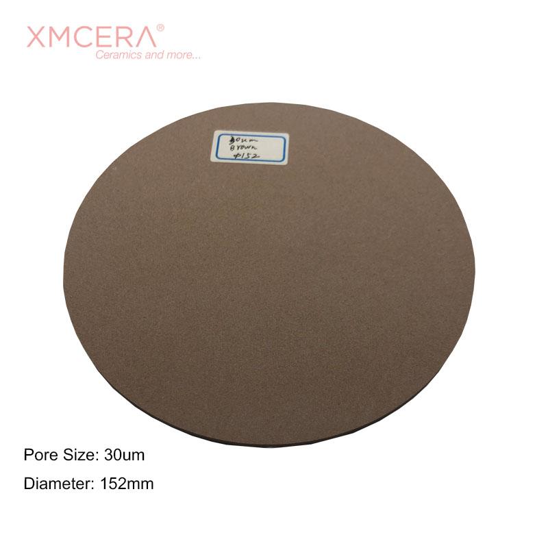 poröse Keramik