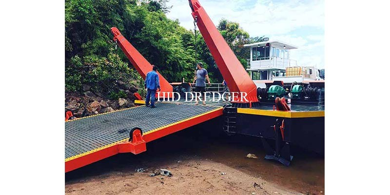 HID Loading 100t- 400t Deck Barge for Cargo Logistic Transportation Factory