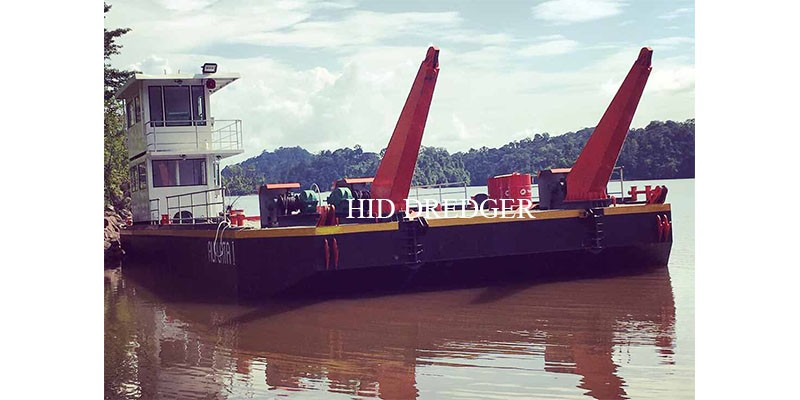 HID Loading 100t- 400t Deck Barge for Cargo Logistic Transportation