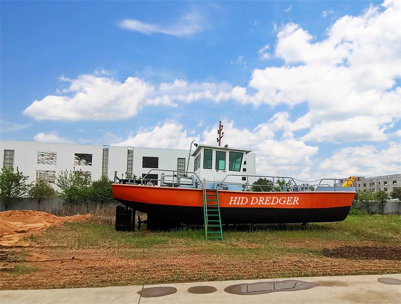 Towing Tug Boat for lifting anchors Factory