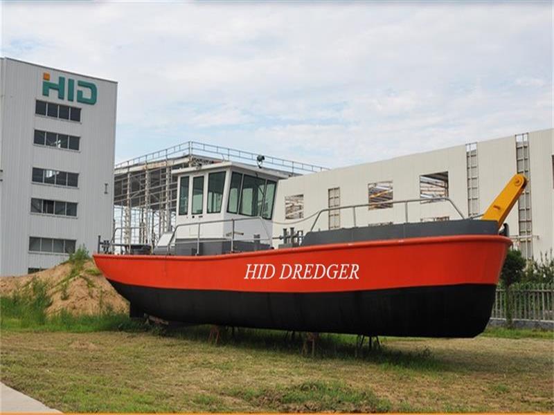 Remorcare remorcare și barcă de lucru pentru dragă