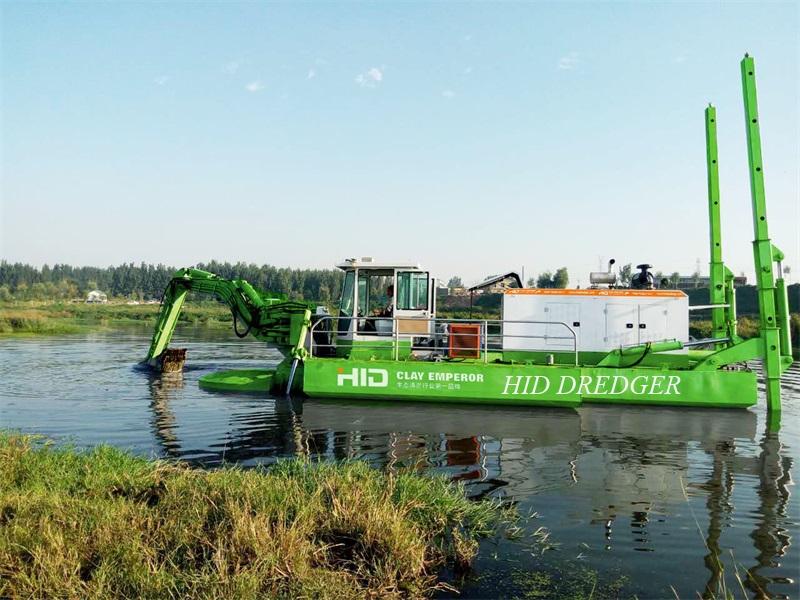 Amphibious Multipurpose Dredger Delivery