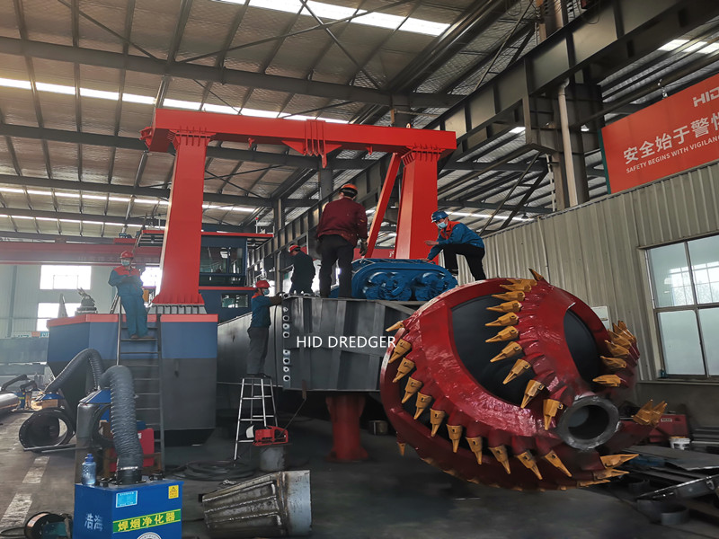 HID Brand High Performance Cutter Suction Dredger Sand Dredger with Discharge Distance 1500m Factory
