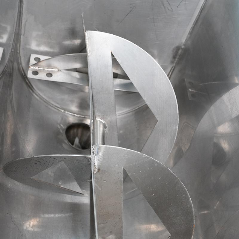 mesin pengisi saus