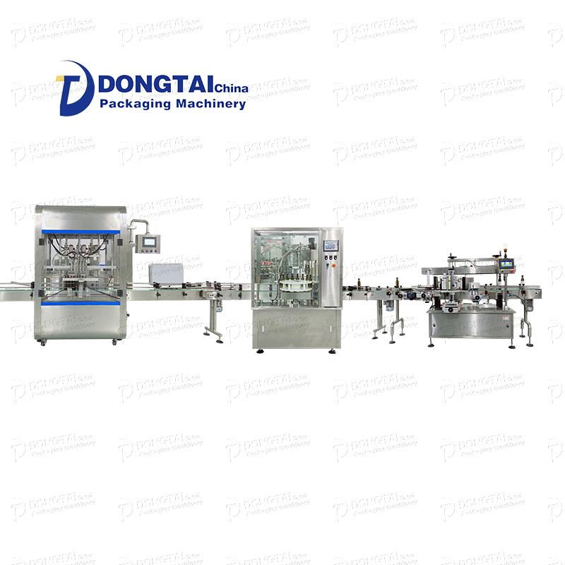A linha de produção da máquina automática de enchimento e etiquetagem de óleo pode ser descrita como um desenvolvimento constante