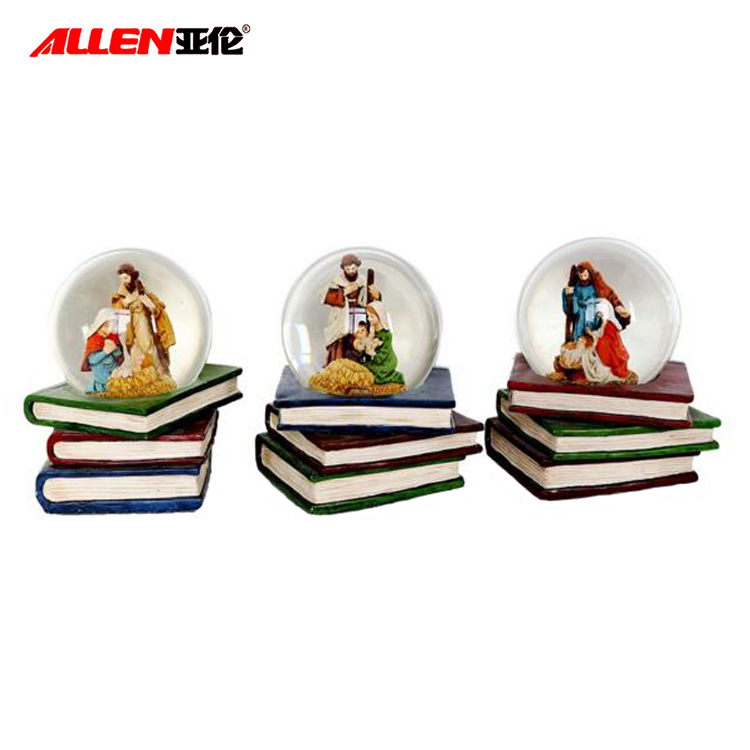 Home Decoration 6 Inch Polyresin Christmas Holy Family Glass Waterball Snowglobe