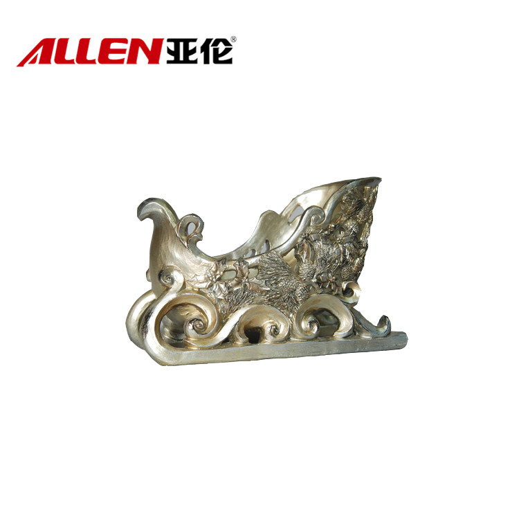 Embossed Pinecorn Design Resin Sleigh For Christmas Decoration