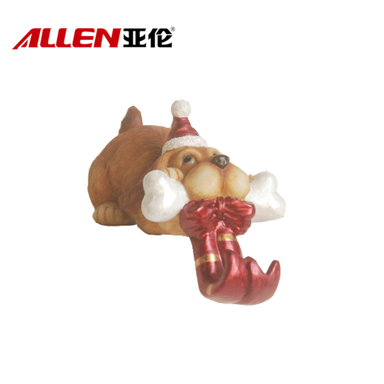 Wholesale Christmas Holiday Decoration Dog Shaped Polyresin Stocking Holder