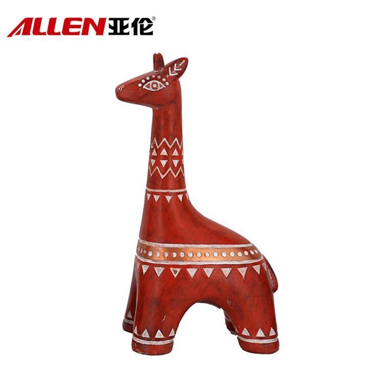 estátua girafa resina
