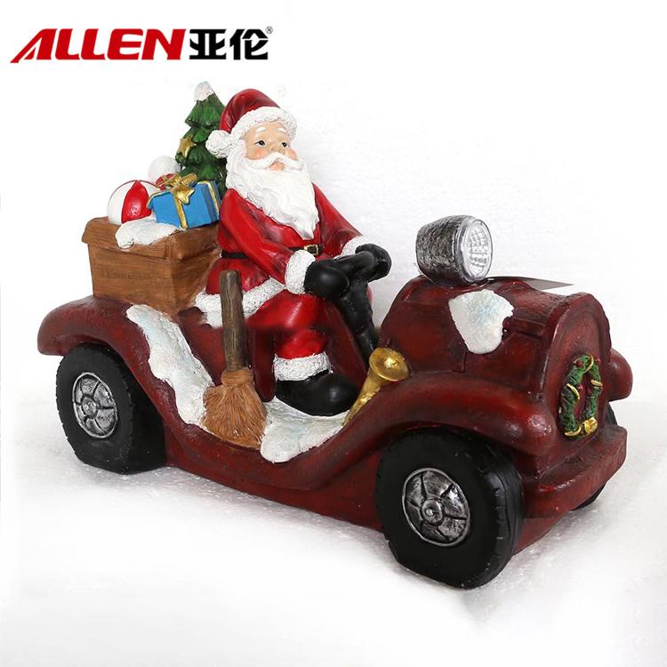 Santa pada kereta