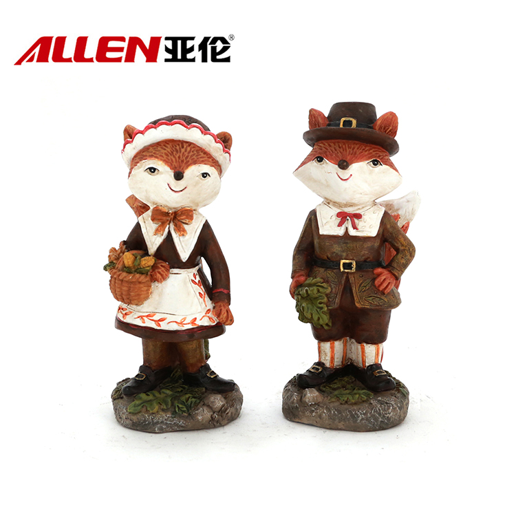 Lovely Pilgrim Thanksgiving Home Decor Resin Fox Figurines