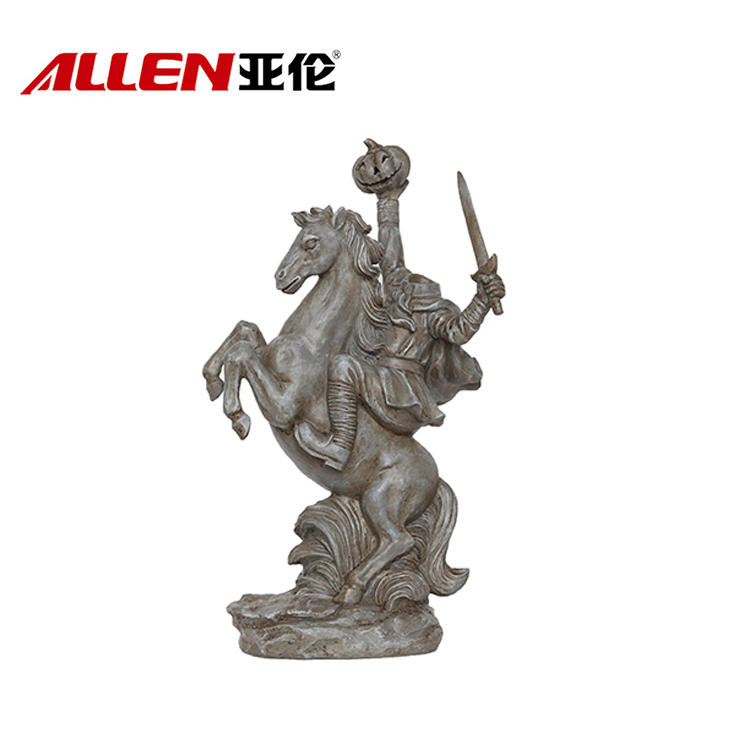 Gaya Halloween Resin Headless Soldier On Horse dengan membawa