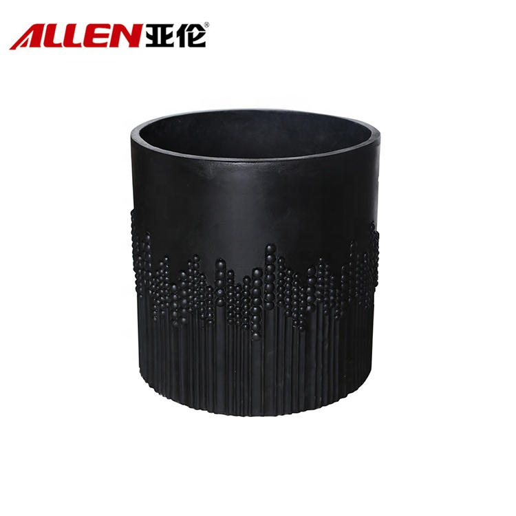 Modern Deboss Finishing Black Round Flower Pot For Decor