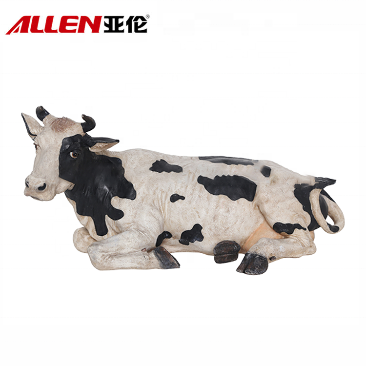 Home Decoration Resin Animal Dairy Cow Statue