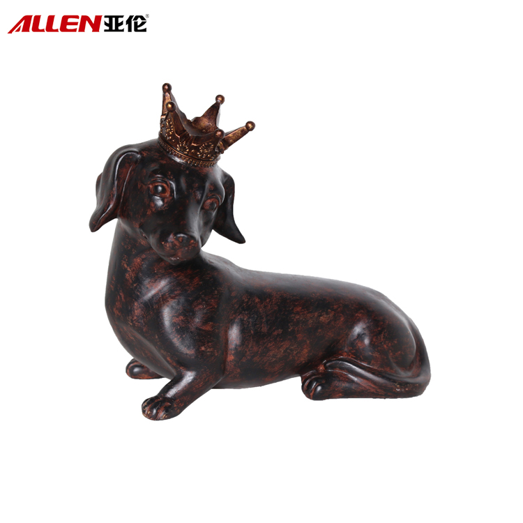 Home Decoration Resin Life Size Dog Statues With Crown