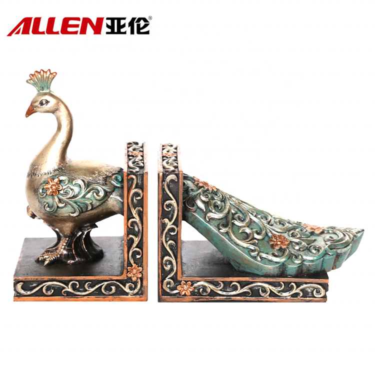 High End Pavone Scultura Disegno a mano in resina Bookends decorativo