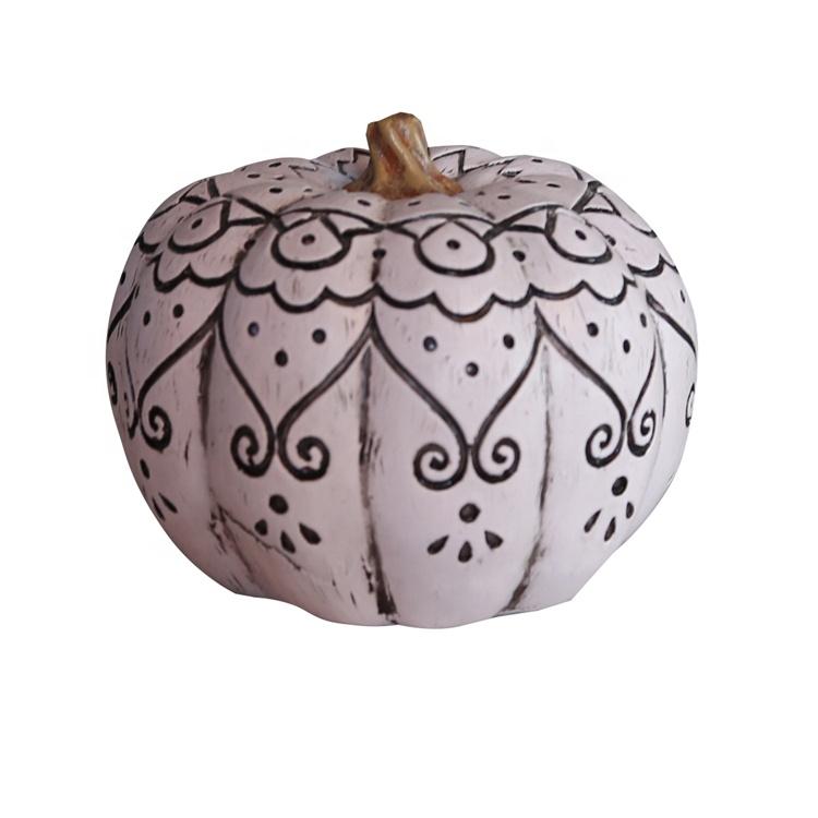 Resin pumpkin decor
