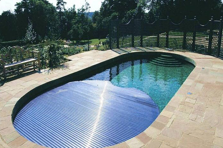 Shaped swimming pool cover