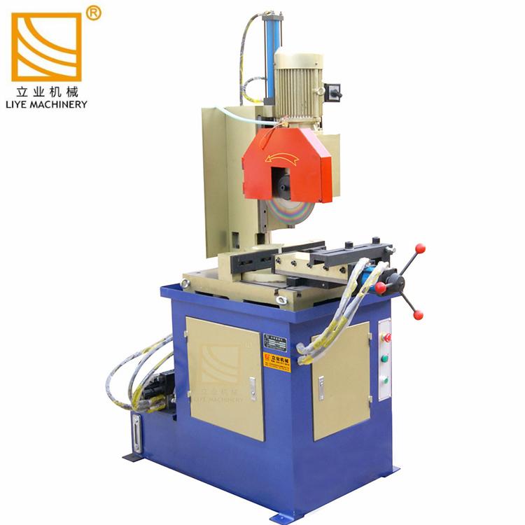 Machine de coupe-tube de sciage de tuyaux en métal hydraulique