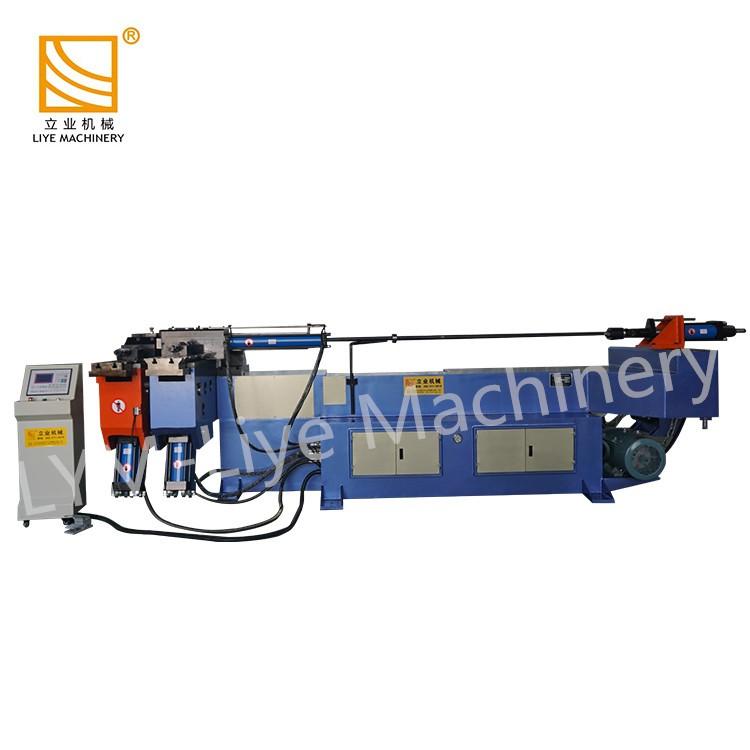 Mandrin hydraulique de base en tirant la machine de cintrage de tube de chaudière