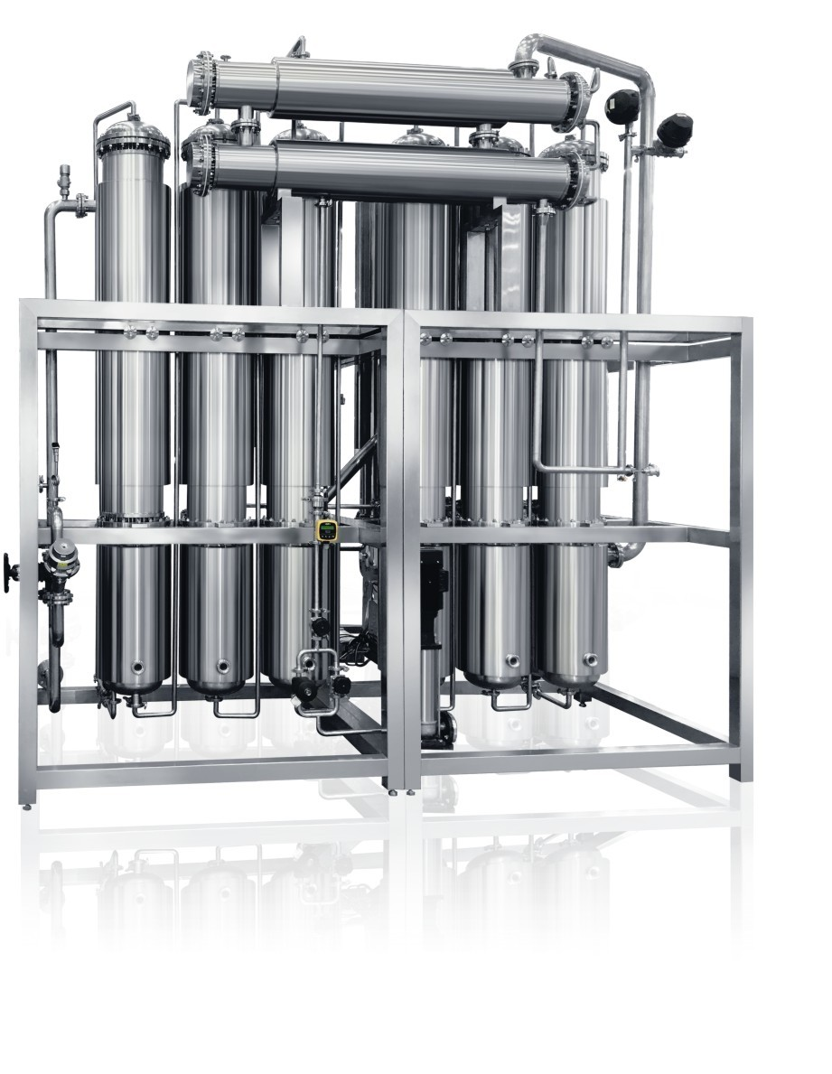 Destila el agua de la máquina