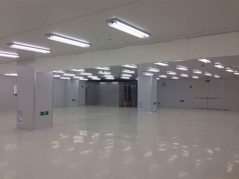 1,000 Class Clean Room Installtion