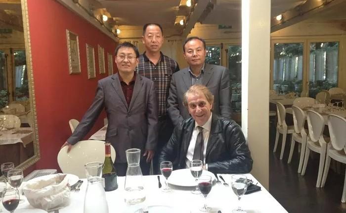 En marzo de 2018, el Sr. Todd Zhu, Director de Marketing del Departamento de Marketing en el extranjero, visitó a uno de nuestros socios cooperativos en Bursa, Turquía.