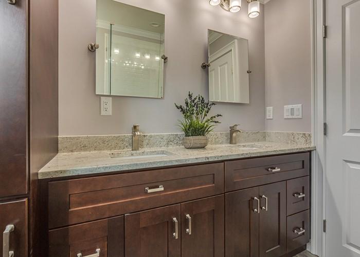 Mocha Maple Solid Wood Bathroom Shaker Vanity Cabinet