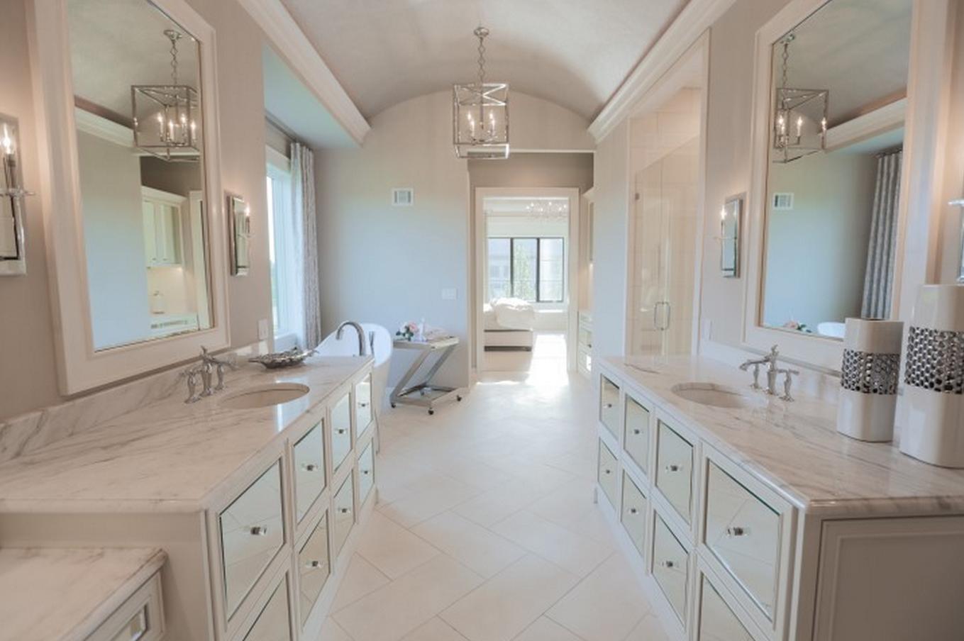 Beautiful Bathroom Finished!