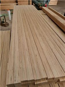 The cheap pine door core from a Chinese factory