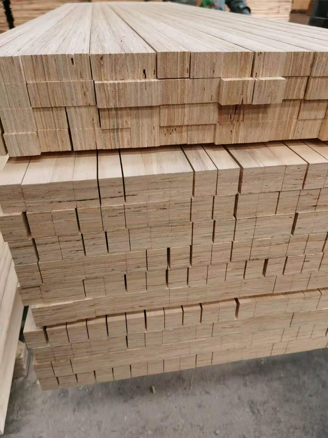 The cheap pine door core from a Chinese factory Manufacturers, The cheap pine door core from a Chinese factory Factory, Supply The cheap pine door core from a Chinese factory