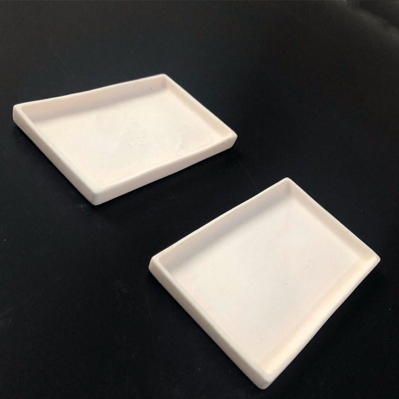 Alumina Ceramic Tray Manufacturers, Alumina Ceramic Tray Factory, Supply Alumina Ceramic Tray