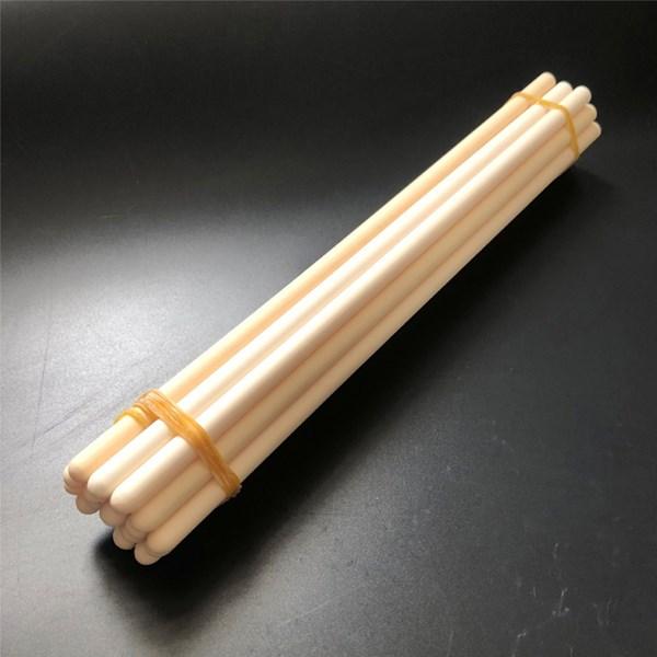 좋은 열 안정성, 절연성, 기밀성 등의 특성으로 세라믹 보호 튜브는 열전대, 방사선 온도 측정 등의 분야에서 널리 사용됩니다.
