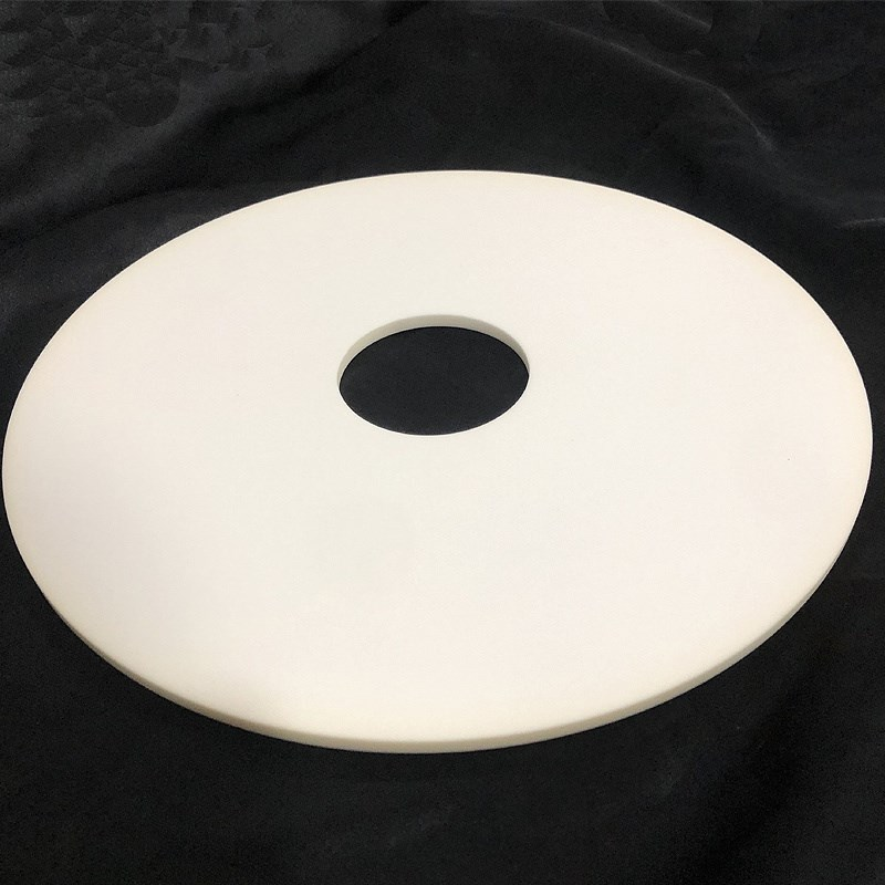 Piatto in ceramica all'ossido di alluminio