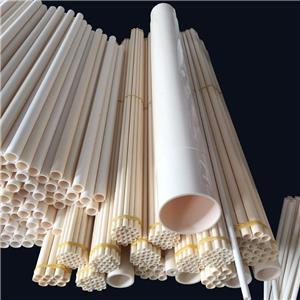 Tube / tuyau en céramique d'alumine extrudée