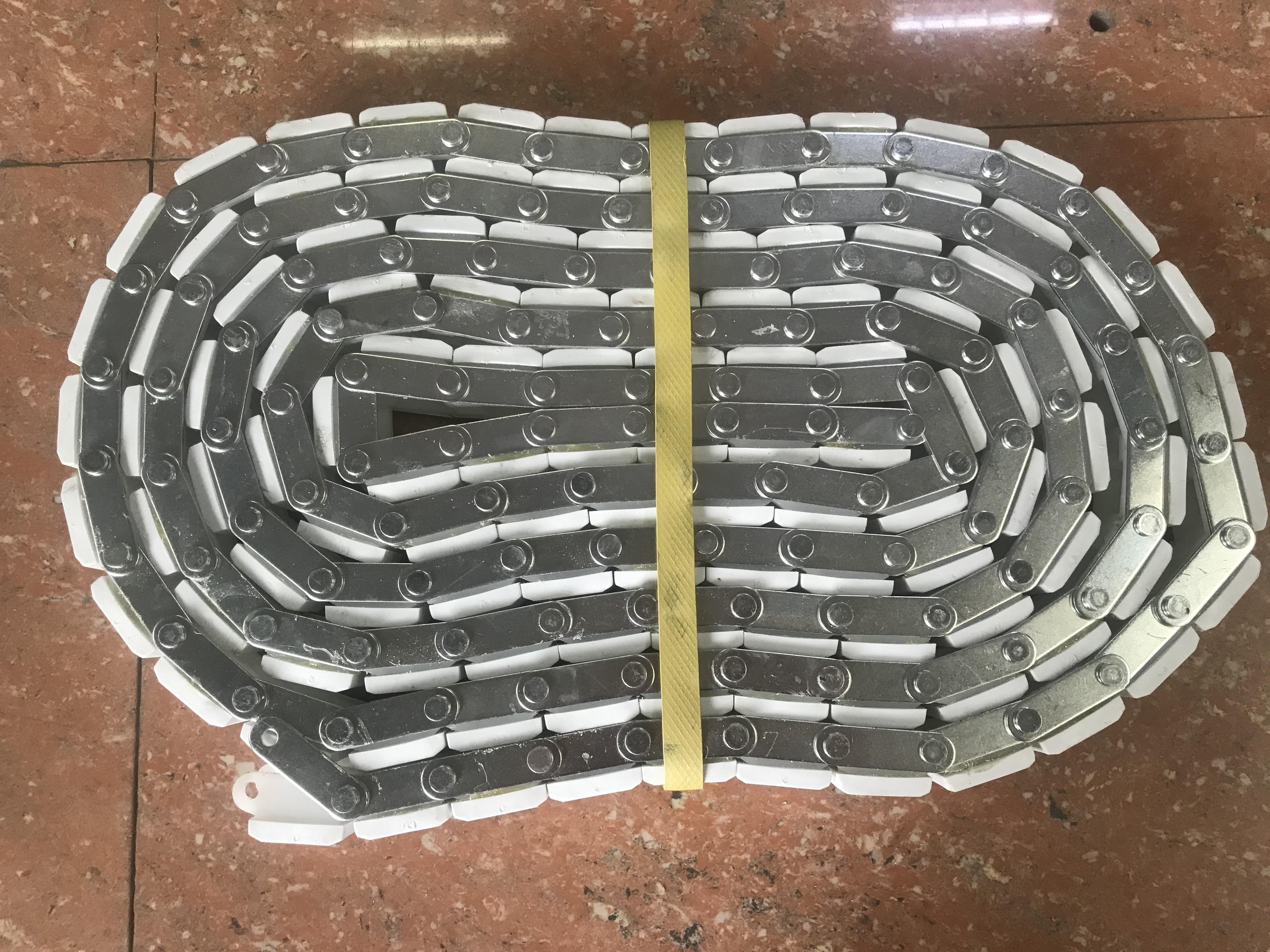 120 section conveyor chain