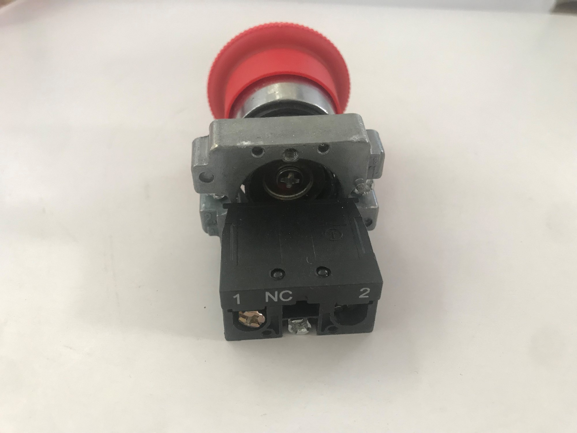 Emergency Stop Push Button Switch Manufacturers, Emergency Stop Push Button Switch Factory, Supply Emergency Stop Push Button Switch