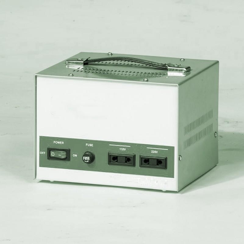 電圧変換器
