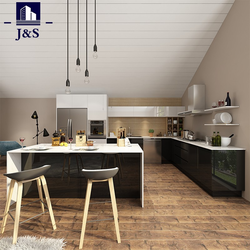 Kitchen wall cabinet with doors
