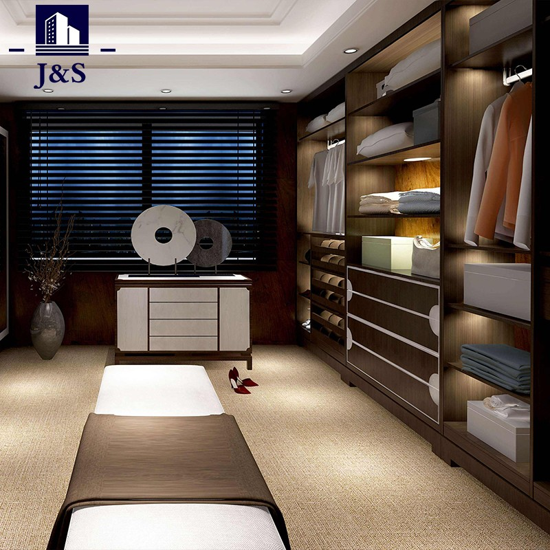 The best walk in robes closets homes with walk in chest design