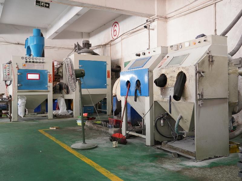 المهنية معدات المعالجة الحرارية وأجهزة التحكم العددي المتقدمة