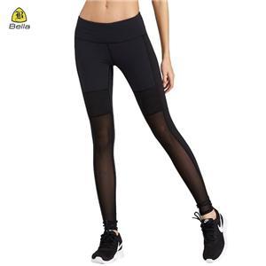Легінси для йоги жінки в спортивному одязі