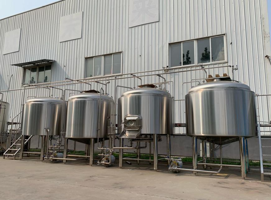 Jinan Humber condivide con te le precauzioni prima di acquistare l'attrezzatura per la produzione della birra