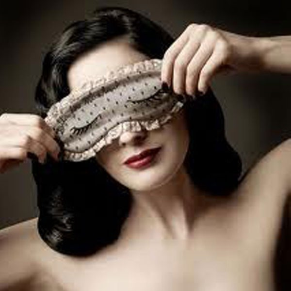 Custom Made Silk Eye Mask For Sleeping With Lavender