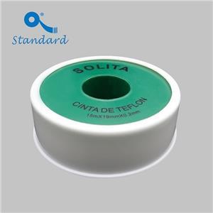 Gli idraulici utilizzano nastro sigillante per filettature in PTFE di alta qualità